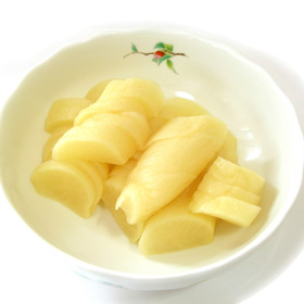 UMAMI Takuan (Yellow Pickled Radish) 500g